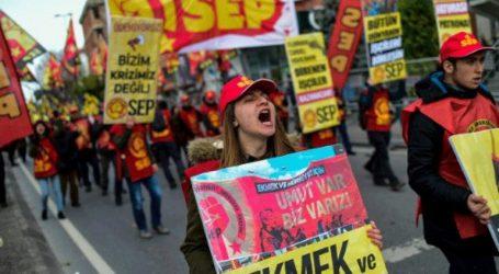Χιλιάδες διαδηλωτές στους δρόμους κατά του υψηλού κόστους ζωής