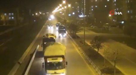 Βίντεο με τουρκικά στρατιωτικά κομβόι στα σύνορα με τη Συρία