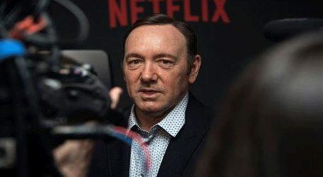 Επίκειται διώξη σε βάρος του Κέβιν Σπέισι για σεξουαλική επίθεση σε ανήλικο