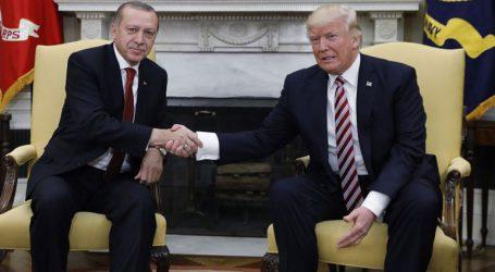 Ο Ερντογάν προσκάλεσε τον Τραμπ να επισκεφθεί την Τουρκία το 2019