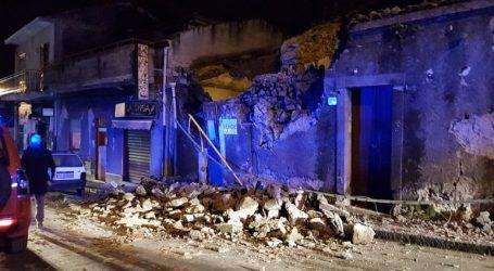 Τουλάχιστον τέσσερις ελαφρά τραυματίες από τον σεισμό στη Σικελία