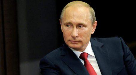 Το Κρεμλίνο δεν αποκλείει τη συμμετοχή του Βλαντίμιρ Πούτιν στο φόρουμ του Νταβός