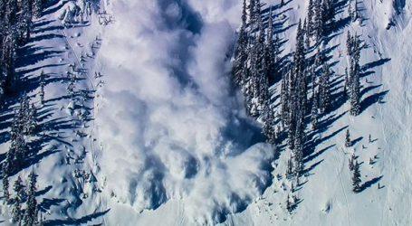 12χρονος ανασύρθηκε ζωντανός από χιονοστιβάδα