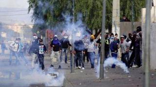Συνεχίστηκαν οι συγκρούσεις μετά την αυτοπυρπόληση ενός φωτοειδησεογράφου