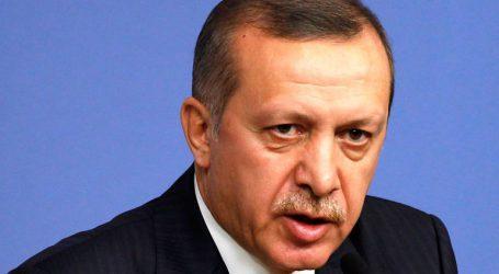 «Η Τουρκία δεν έχει δουλειά στο Μάνμπιτζ αν οι Κούρδοι εγκαταλείψουν την περιοχή»