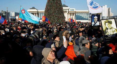 Χιλιάδες διαδηλωτές στην Ουλάν Μπατόρ