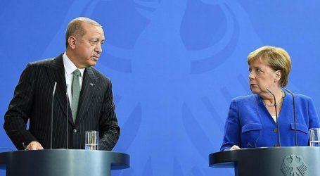 Η Τουρκία να επιδείξει αυτοσυγκράτηση και να δράσει με υπευθυνότητα στη Συρία