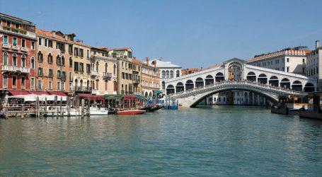 «Είσοδο επί πληρωμή» στη Βενετία αποφάσισε το ιταλικό κοινοβούλιο