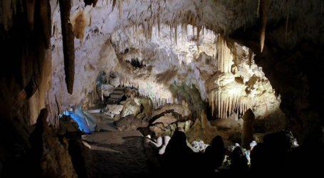 Το μοναδικό σπήλαιο στην Ελλάδα που το διαπερνά ένας ποταμός