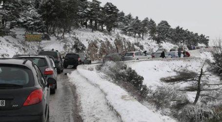 Κανονικά διεξάγεται η κυκλοφορία στη λεωφόρο Πάρνηθας