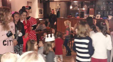 Με επιτυχία το χριστουγεννιάτικο πάρτι των παιδιών των ΚΔΑΠ του Δήμου Ρήγα Φεραίου