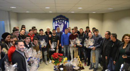 Σε οικογενειακό κλίμα η χριστουγεννιάτικη εκδήλωση της ποδοσφαιρικής Νίκης