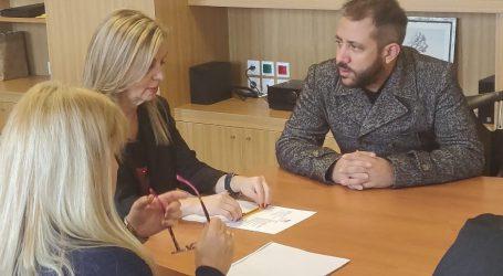 Ο Αλ. Μεϊκόπουλος στην Υφυπουργό Παιδείας για την προσπάθεια απόκτησης λεωφορείου στο ΕΕΕΕΚ Βόλου