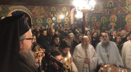 Ο Ιερώνυμος στο παρεκκλήσι του Αγίου Ελευθερίου στη Λάρισα