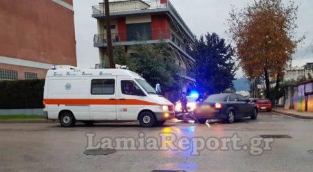 Τραυματίστηκε ντελιβεράς σε τροχαίο στη Λαμία
