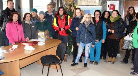 Επίσκεψη Δημάρχου και Αντιδημάρχου για ευχές σε Αμαξοστάσιο και Υπηρεσία Καθαριότητας του Δήμου