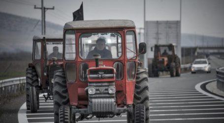 Κινητοποιήσεις πριν τα Χριστούγεννα: Βγαίνουν στους δρόμους σήμερα τα τρακτέρ σε Φάρσαλα και Πλατύκαμπο