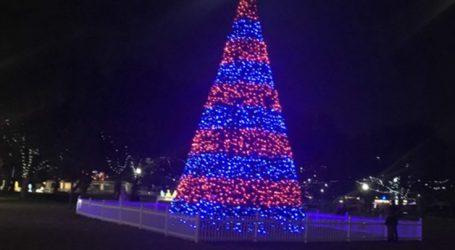 Άναμμα χριστουγεννιάτικου δέντρου στον Άγιο Θωμά