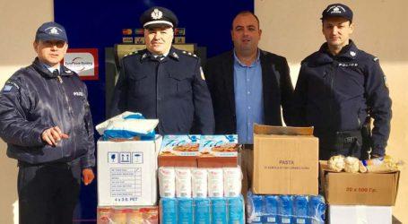Τρόφιμα απο το Αστυνομικό Τμήμα Τεμπών στο Κοινωνικό Παντοπωλείο του Δ.Τεμπών