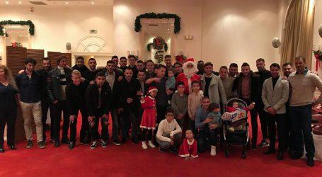 Σε οικογενειακό κλίμα η Χριστουγεννιάτικη γιορτή του Βόλου