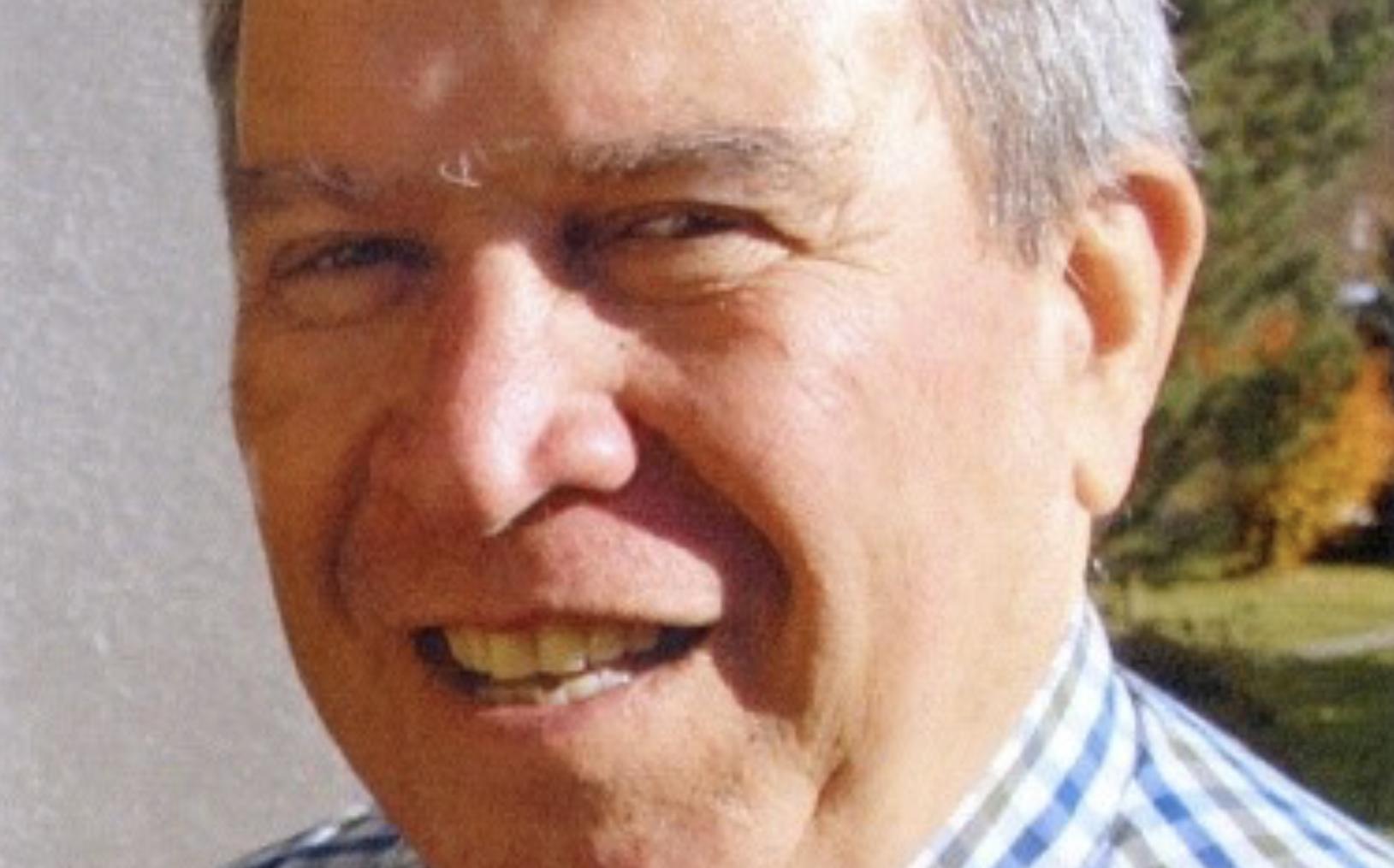 Πέθανε πασίγνωστος καθηγητής του Βόλου (φωτο)