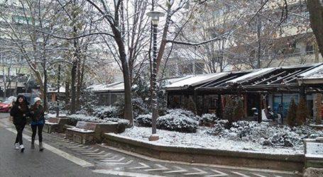 Πυκνή χιονόπτωση και ισχυρό παγετό περιμένουν στο δήμο Λαρισαίων – Οι συμβουλές προς τους πολίτες