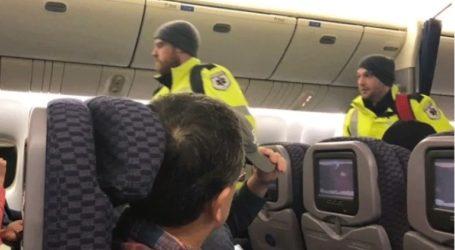 Aποκλεισμένοι οι επιβάτες σε αεροπλάνο που δεν μπορούσε να ταξιδέψει εξαιτίας του χιονιά