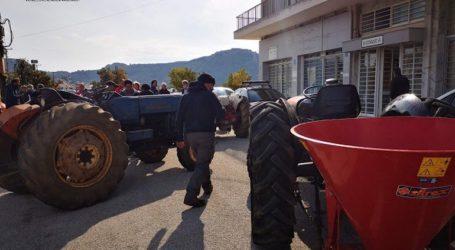 Διαμαρτυρία των αγροτών στην Αργολίδα με τρακτέρ και αγροτικά οχήματα