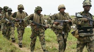 Δέκα στρατιώτες σκοτώθηκαν σε μάχες με «κακοποιά στοιχεία» στα σύνορα Νίγηρα