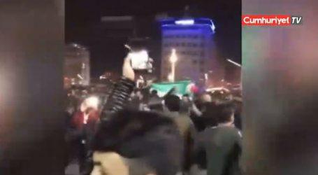 Υψώθηκε η σημαία του Ελεύθερου Συριακού Στρατού στην πλατεία Tαξίμ στην Κωνσταντινούπολη