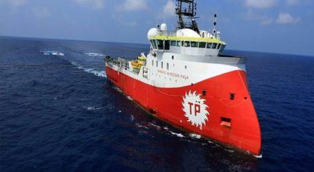 Η Τουρκία στέλνει τρία ερευνητικά σκάφη στην ελληνική υφαλοκρηπίδα νότια του Καστελόριζου