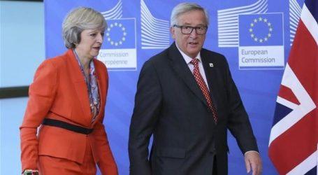 Συνομιλία Γιούνκερ – Μέι εν όψει της κοινοβουλευτικής συζήτησης για το Brexit