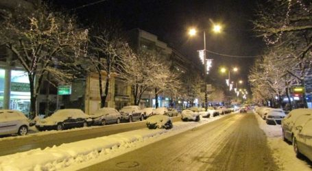 Σφοδρή χιονόπτωση στα Ιωάννινα