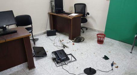 Πέντε συλλήψεις για επίθεση και λεηλασία ραδιοφωνικού σταθμού