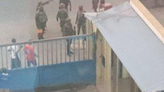 Εισβολή του στρατού σε γραφεία εφημερίδας