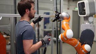 DW: Το ρομπότ – σύμμαχος ή ανταγωνιστής;