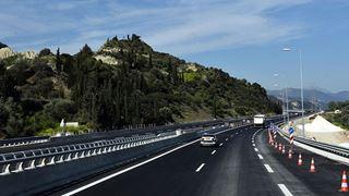 Οι νέες τιμές των μετωπικών και πλευρικών διοδίων του αυτοκινητόδρομου Πατρών – Αθηνών