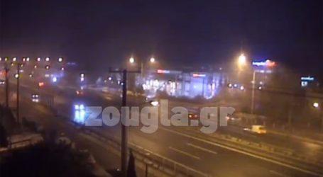 Δείτε ζωντανά τη χιονόπτωση στην Εθνική Οδό Αθηνών