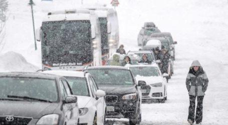 Σφοδρές χιονοπτώσεις στην Αυστρία – Τουλάχιστον πέντε νεκροί