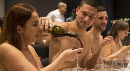 Κλείνει το μοναδικό εστιατόριο γυμνιστών στο Παρίσι
