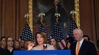 Οι Δημοκρατικοί αποπειρώνται να ενισχύσουν τους ελέγχους των πωλήσεων όπλων διά νόμου