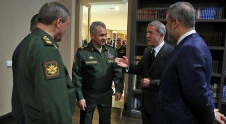 Τηλεφωνική επικοινωνία των υπουργών Άμυνας Ρωσίας και Τουρκίας