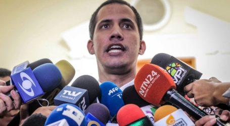 Αναγνωρίζουμε ως νόμιμο πρόεδρο της Βενεζουέλας τον ηγέτη της εθνοσυνέλευσης