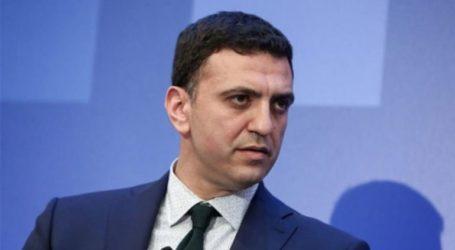 Δίνουν μάχη στο όνομα της καρέκλας τους, όχι στο όνομα της Μακεδονίας