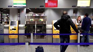 Εκατοντάδες πτήσεις ακυρώνονται λόγω απεργιακής κινητοποίησης σε οκτώ αεροδρόμια
