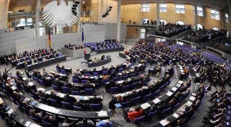 Απορρίπτει τα αιτήματα ασύλου από Τυνησία, Μαρόκο, Αλγερία και Γεωργία