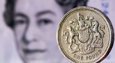 Ευμετάβλητη η στερλίνα εν αναμονή του Plan B της Τερέζα Μέι για το Brexit