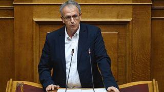 """«Ο Κ. Μητσοτάκης σύρεται σήμερα από τον ίδιο άνθρωπο που """"δολοφόνησε"""" πολιτικά τον πατέρα του»"""