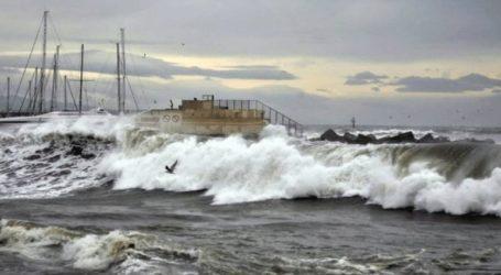 Προβλήματα στο νησί προκάλεσαν οι θυελλώδεις άνεμοι