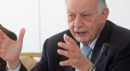 «Ο Κοτζιάς διαστρέβλωσε τα όσα γράφει στο βιβλίο του ο Ι. Βαρβιτσιώτης» αναφέρουν συνεργάτες του πρώην υπουργού